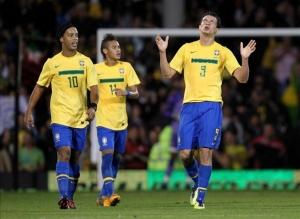 CBF-foot-brasil-bresil-sport-soccer-football-equipe-holiprom