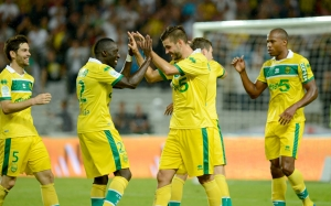 FCN-fc-nantes-canaris-sport-soccer-football-foot-equipe-holiprom