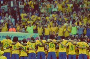 cbf-brasil-football-soccer-fifa-world-cup-2014-supporter-holiprom